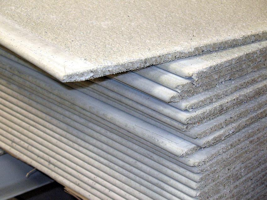ГВЛ в строительстве – это отличный материал для отделки потолка, стен и даже пола