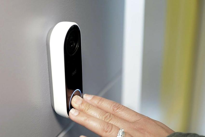Установка дверного беспроводного звонка на дверь не составит трудностей
