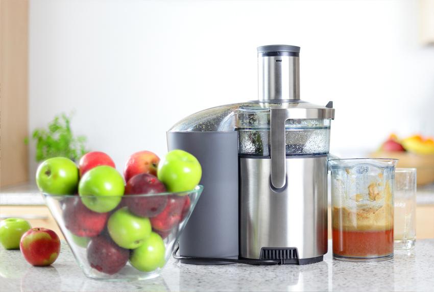 Широкий ассортимент устройств и доступная стоимость - главные преимущества центробежных соковыжималок
