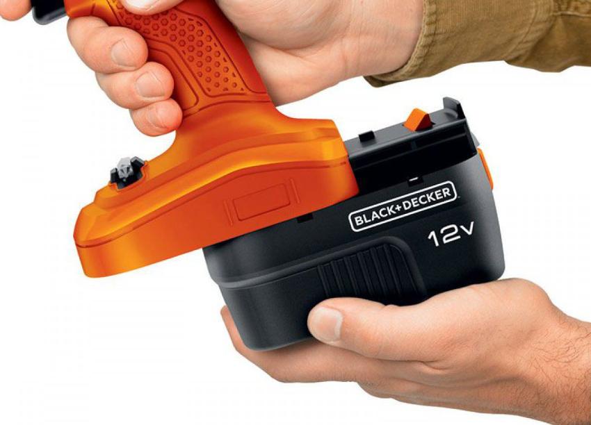 Лучшими шуруповертами для домашнего использования считаются инструменты с батареей 12-14 В