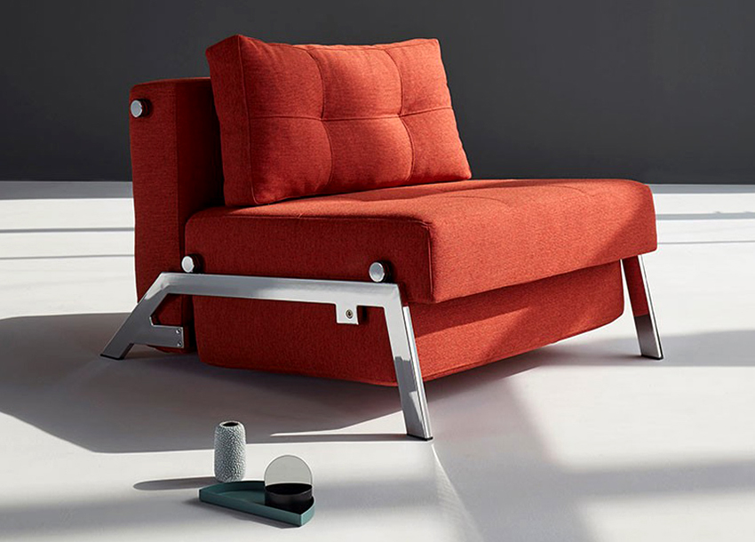 Чаще всего выкатные кресла приобретают на случай, когда нужно разместить гостей на ночь