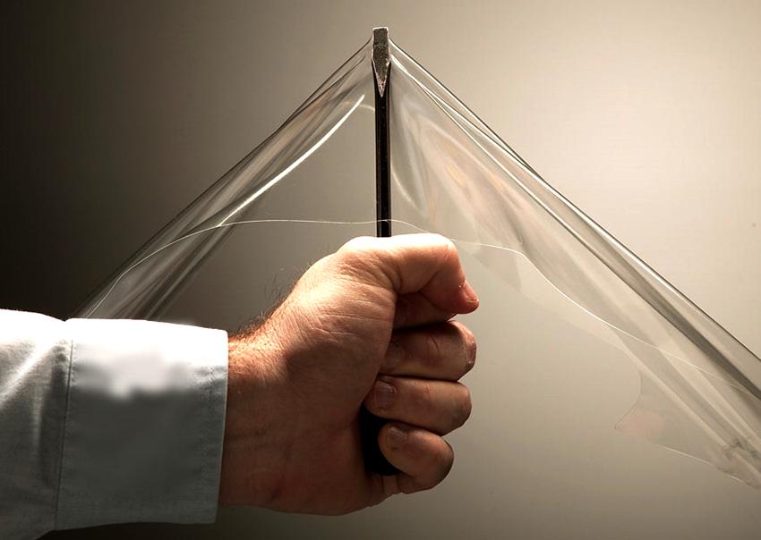 Высокая прочность - одно из главных преимуществ гибких окон