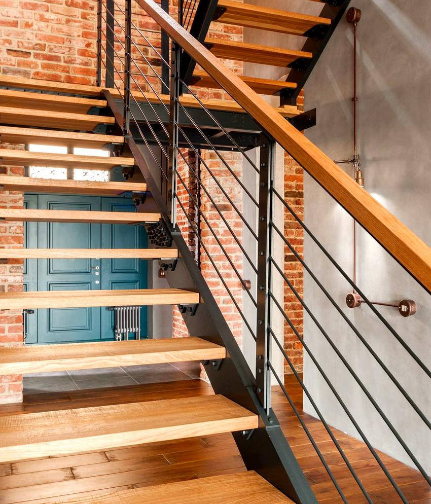 Оптимальная высота для лестничных перил составляет 90 см