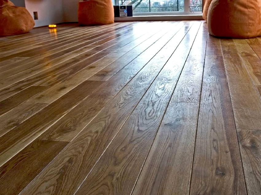 Красивое и качественное напольное покрытие не только определяет внешний вид помещения, но также выдерживает большие нагрузки