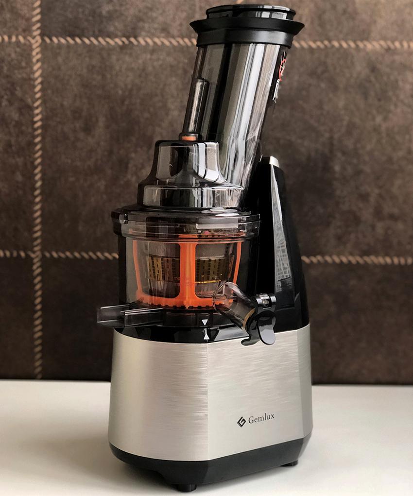 Хорошим бюджетным вариантом для домашнего использования станет соковыжималка Gemlux GL-SJ-207