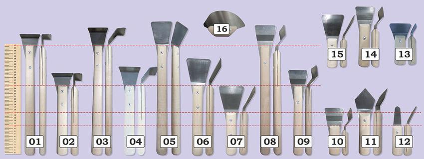 """Закарнизные шпатели: 01 - угол 90°, 02 - угол 90°, 03 - угол 45°, 04 - угол 45°; стандартные шпатели: 05 - стандартная лопатка, 06 - стандартная лопатка, 07 - широкая лопатка, 15 - широкая лопатка; шпатели типа """"гусь"""": 08 - стандартная лопатка, 09 - стандартная лопатка, 14 - широкая лопатка, 10 - широкая лопатка; шпатели для нестандартных потолков: 11 - угловой шпатель, 12 - """"язычок"""", 13 - угловой шпатель, 16 - для тканевых потолков"""