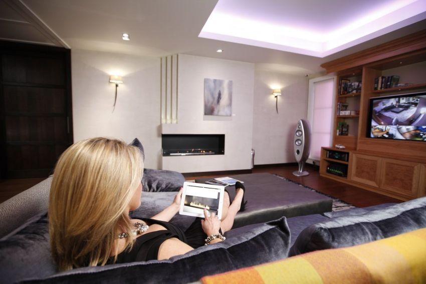 Определенный комфорт для проживания создает настройка системы развлечений в доме