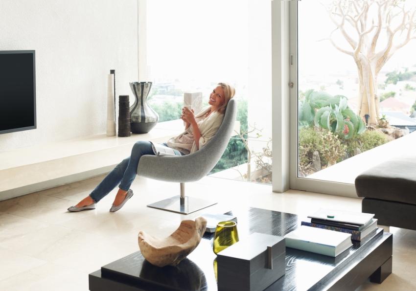 Система Умный дом может обеспечить комфорт в доме и за его пределами, например, функция умный сад позволяет настраивать автополив газона, подогрев почвы, отопление в теплице