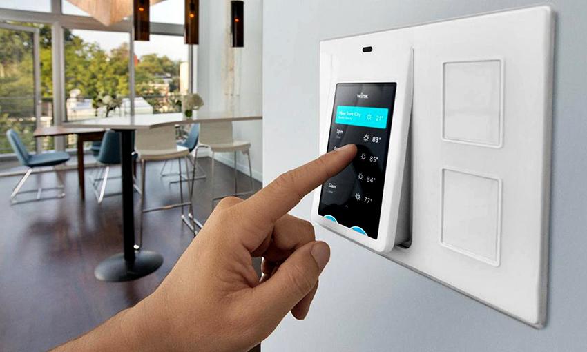 Функция климат-контроля позволяет поддерживать нужную температуру и влажность в помещении