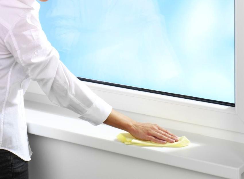 Для устранения мелких дефектов можно воспользоваться специальным воском для ламината