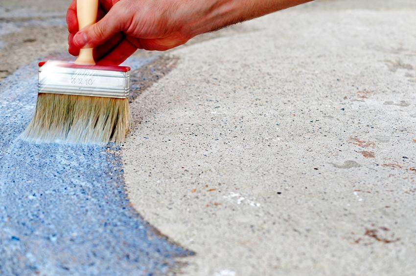 Коллоидные вещества для укрепления бетона имеют в составе полиуретан и жидкое стекло