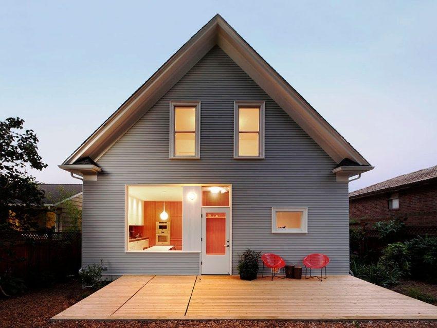 Если превращать мансарду в жилое помещение, фронтон как и саму крышу необходимо утеплить