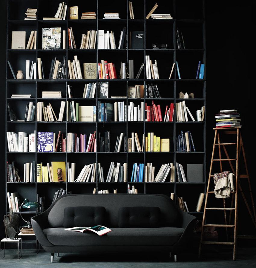 Для изготовления книжных шкафов применяют дерево, пластик, ДСП, стекло и другие материалы