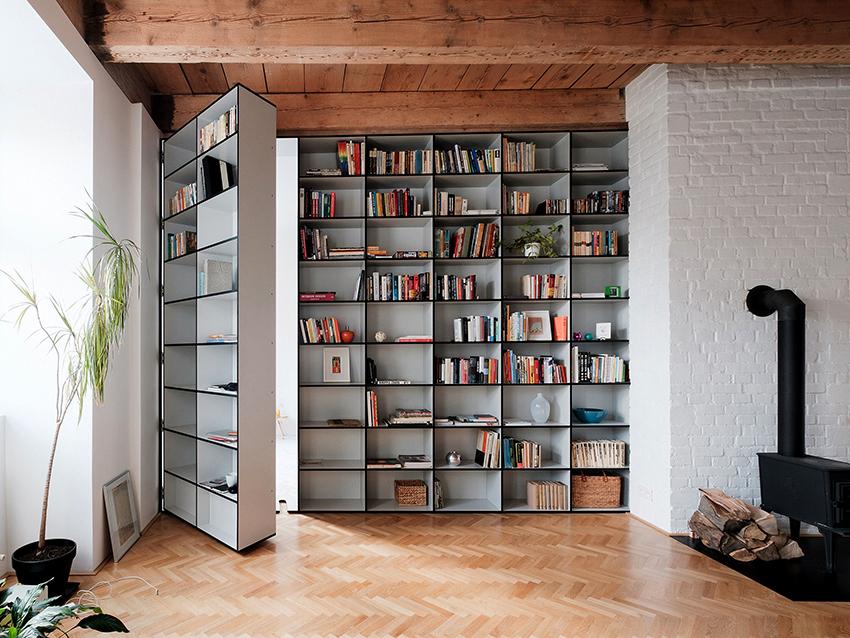 Книжный шкаф выполненный в минималистическом стиле