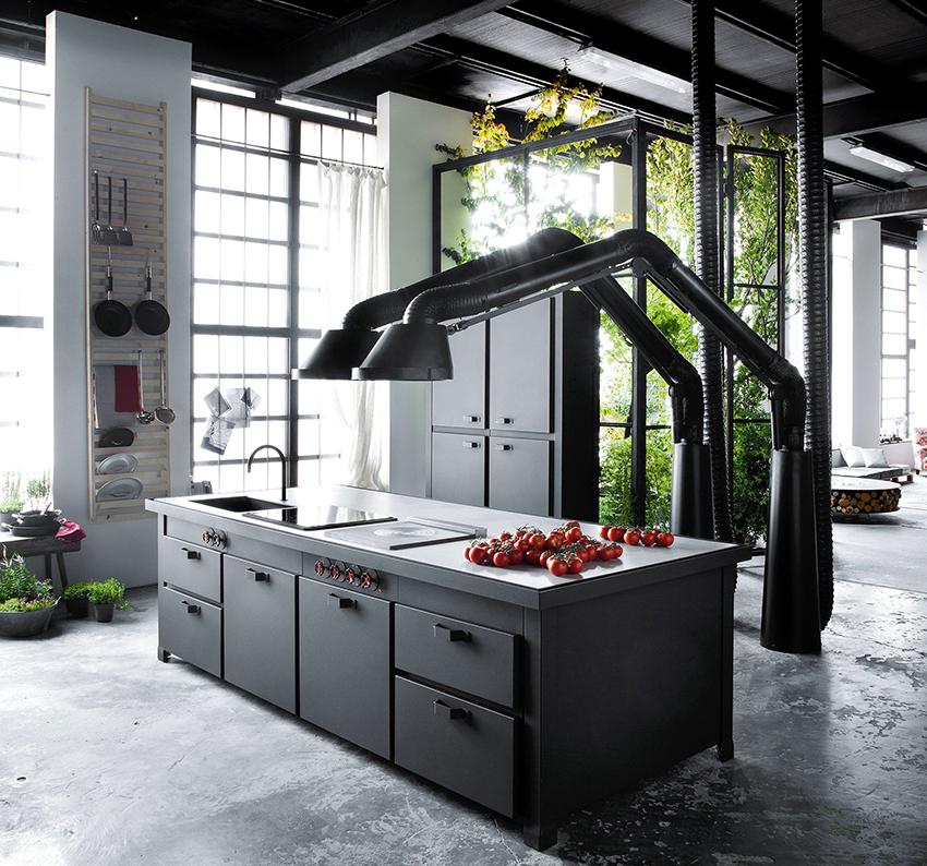 На современных кухня можно встретить вытяжки не стандартных конфигураций
