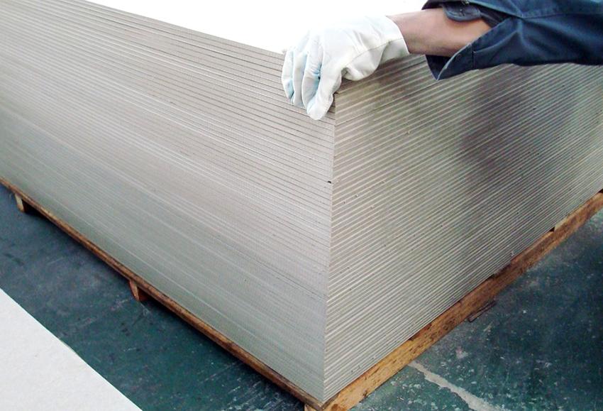 ГВЛ - это гипсоволокнистые листы, которые широко применяются в ремонтных и строительных работах