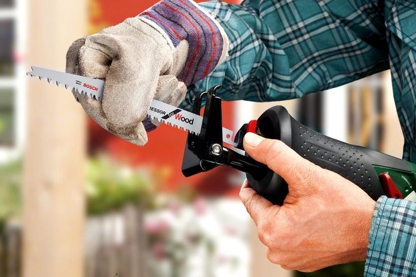 Важным свойством является замена насадки без специальных инструментов