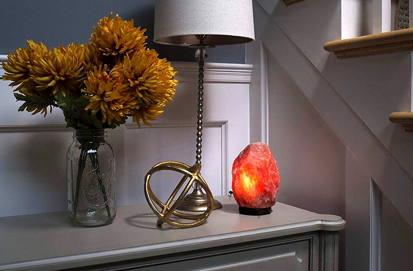 При бережной эксплуатации лампа может прослужить около 10 лет