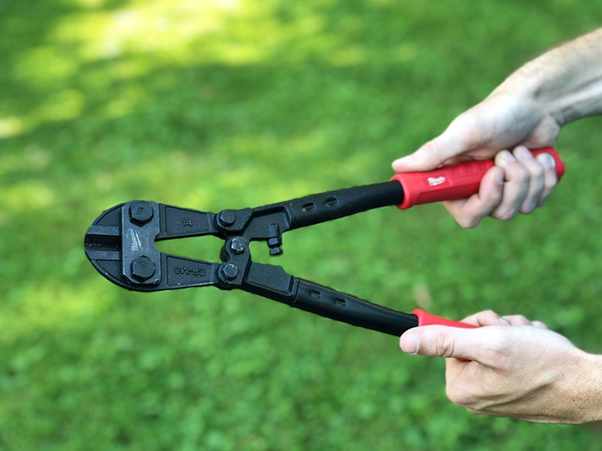 Бытовые болторезы способны перекусывать прутья диаметром до 8 мм