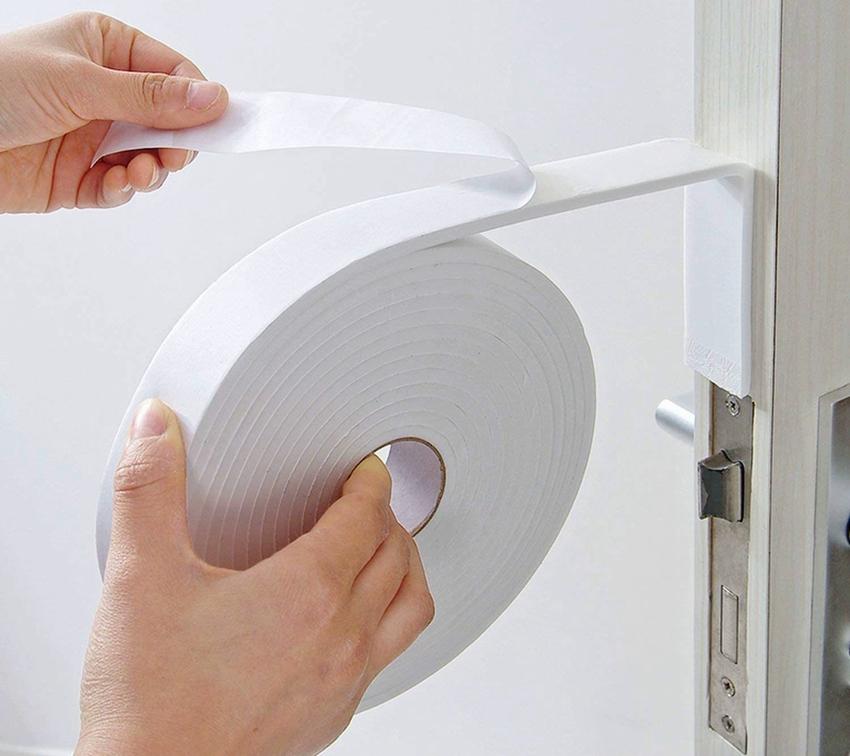 Уплотнители для двери обеспечивают дополнительную теплоизоляцию