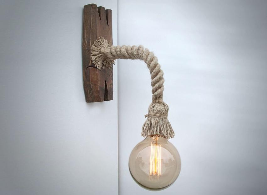 Светильник, сделанный своими руками