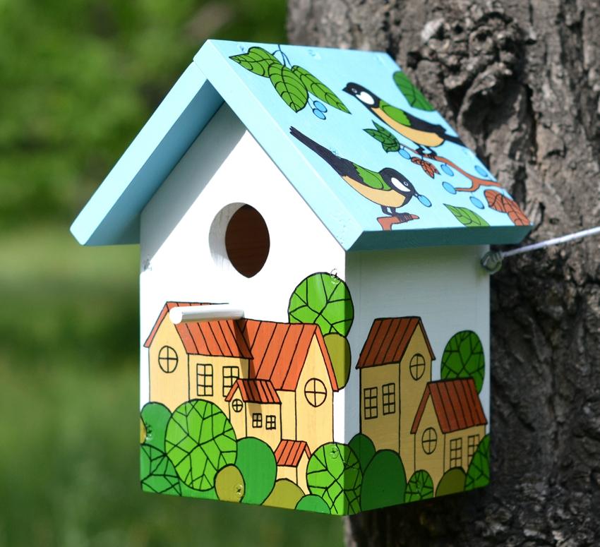 Птичьи домики строят довольно компактных размеров