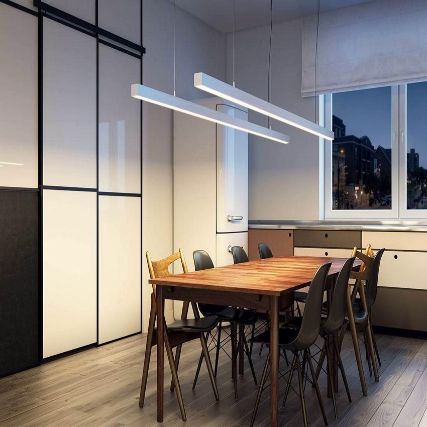 Линейные светильники на современной кухне