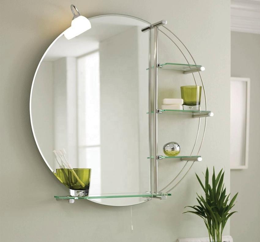 Круглое зеркало с подсветкой и полочками для хранения вещей