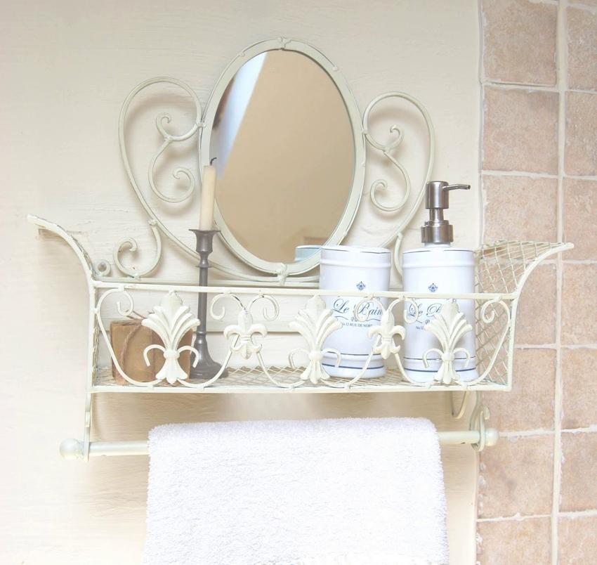 Красивая кованая полка с зеркалом и держателем для полотенца