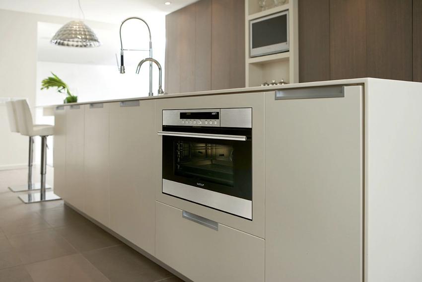 Без духовки не обходится ни одна современная кухня