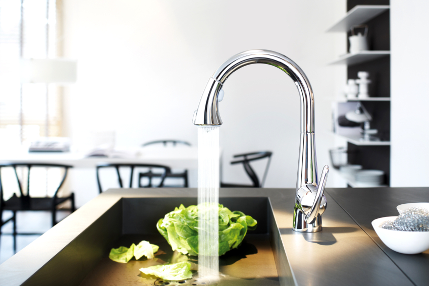 Отзывы пользователей помогут сделать правильный выбор смесителя для кухни с гибким изливом